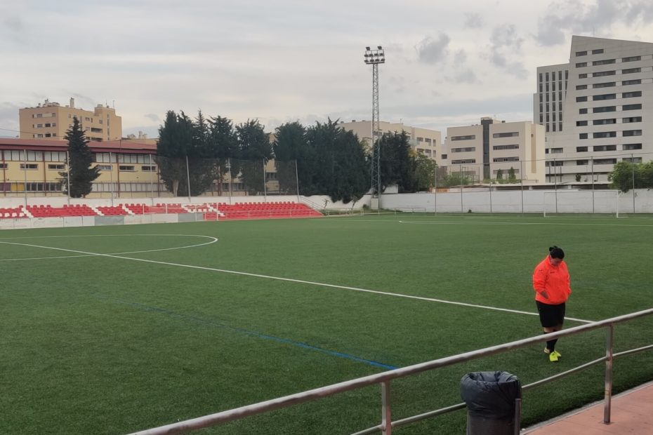 Where to play football in Granada
